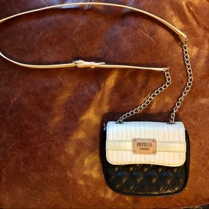 GUESS black and white crossbody purse